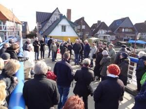 Protest der Esteanlieger gegen die Minideiche in 2014